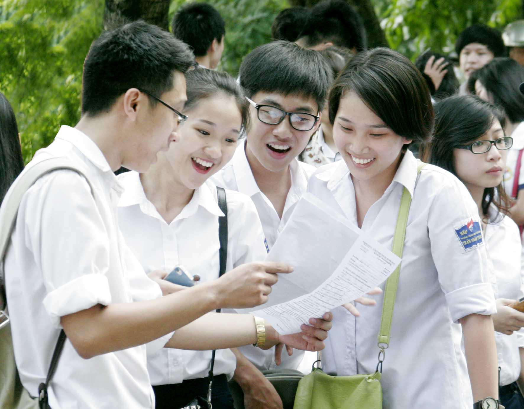 Phó Thủ tướng nhận Đề xuất tổ chức 2 đợt thi tốt nghiệp mỗi năm
