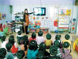 Trẻ mầm non học thêm, vì đâu nên nỗi?