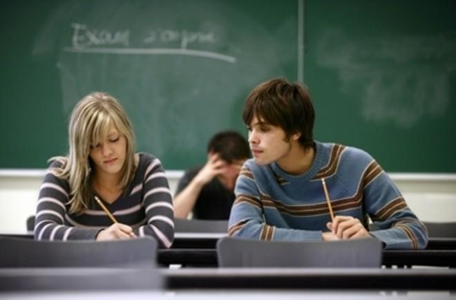 Sự khác biệt giữa sinh viên năm đầu và năm cuối