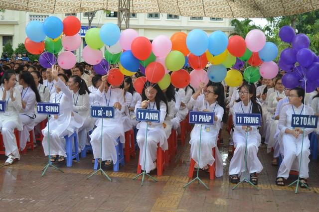 Chùm ảnh: Nô nức ngày khai trường của học sinh các cấp