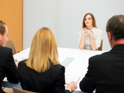Những tố chất khiến bạn khó lọt khỏi mắt xanh của nhà tuyển dụng.