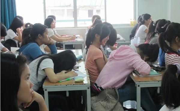 Khi giảng viên khiếp sợ sinh viên lười