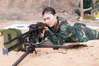 Trần Thị Giao Linh – Từ hoa khôi cho tới nữ Quân nhân
