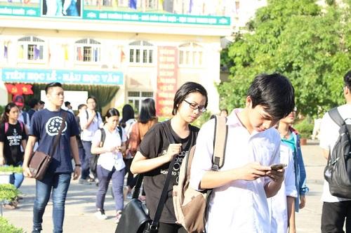 Ngày 21/6/2017, hơn 76 nghìn thí sinh Hà Nội có thể tra cứu điểm thi vào lớp 10 của mình.