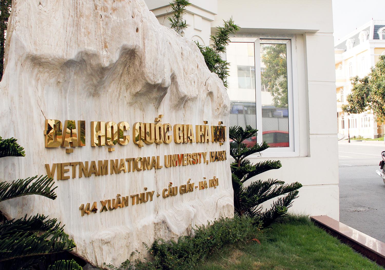 Đại học Quốc gia Hà Nội giật ngôi vị quán quân trong top 100 xếp hạng các trường Đại học 2017.