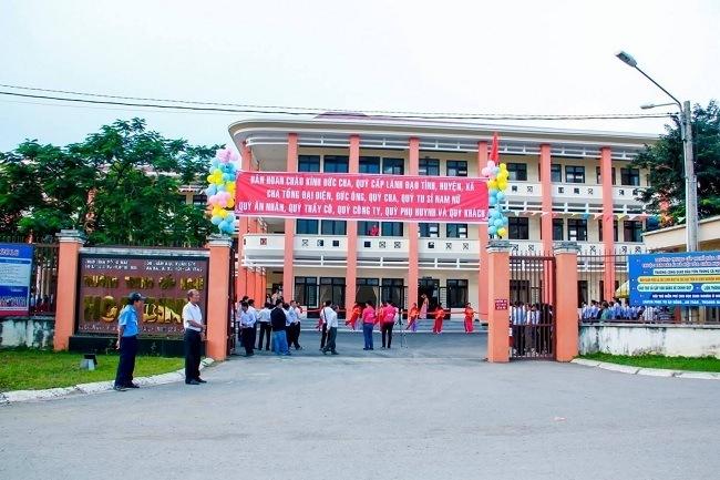 Trường Trung Cấp Nghề Hòa Bình