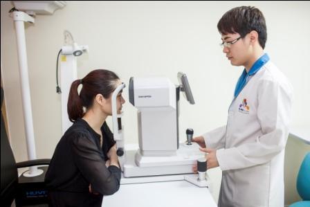 Ngành Khúc xạ nhãn khoa