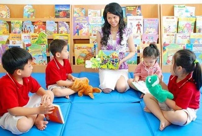 Hoàn thành mục tiêu phổ cập giáo dục mầm non cho trẻ em 5 tuổi.
