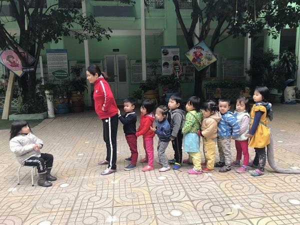 Hoạt động ngoài trời của trường mầm non Trung Hòa